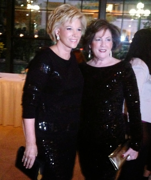 Photo of joan lunden and mary fetchet