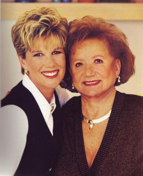 Glady and joan from healthy cooking