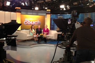 Cohosting the couch tv show 2013 04 11 07.01.04