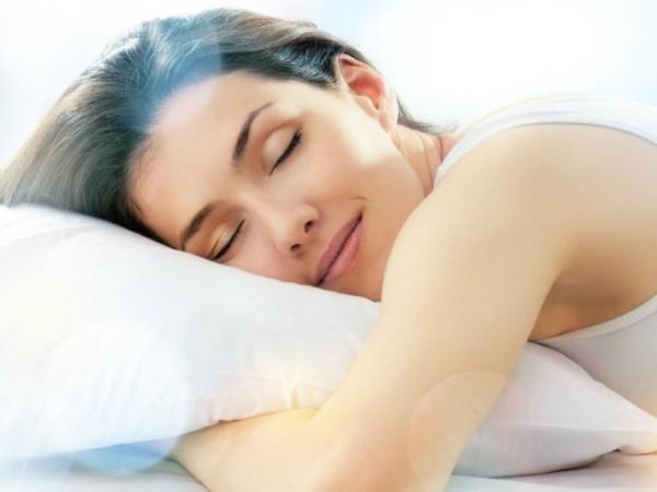 06 woman sleeping 1gn