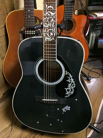 ギター 指板 インレイ