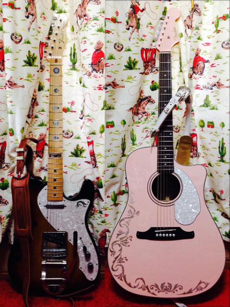 Fender アコースティック SONORAN(Shell Pink)