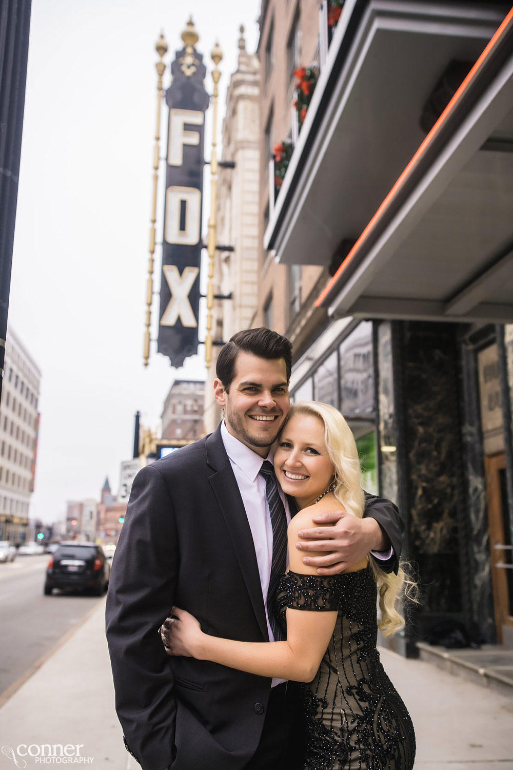 St Louis Fox Theater engagement photo session