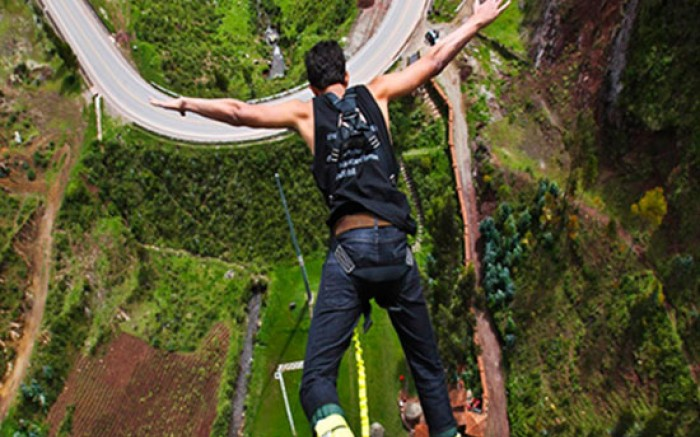 Bungee Jumping en Cusco /  / Joinnus
