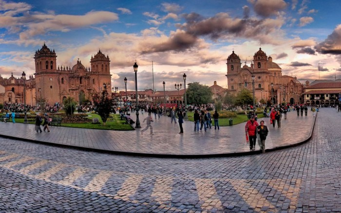 Cusco Mes Santo Marzo - Abril 2017 / Viaje y aventura / Joinnus