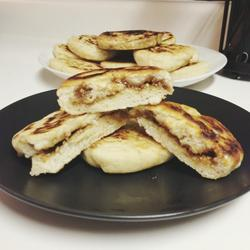 Hoddeok (Brown Cinnamon & Sugar Pancakes)