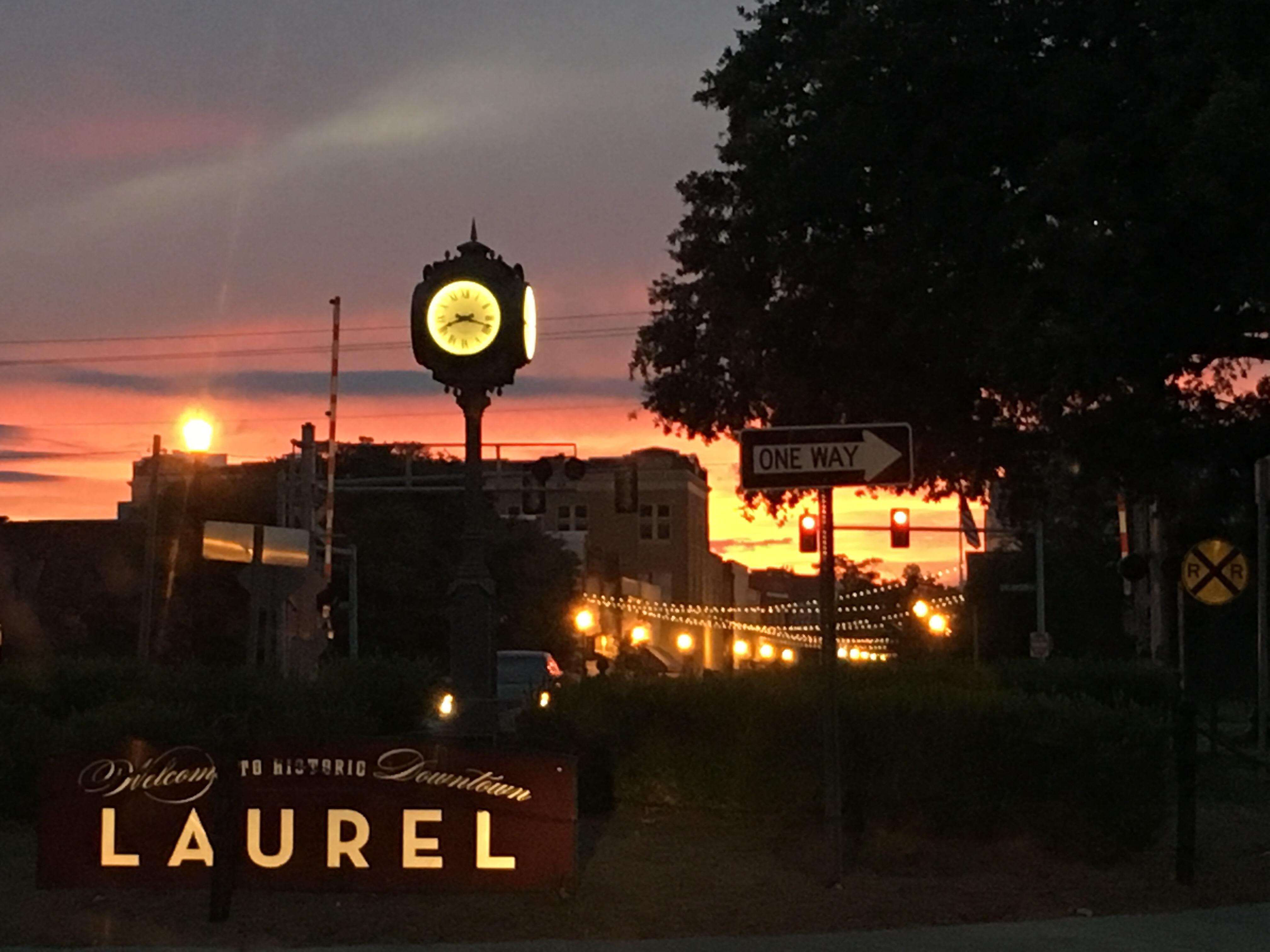 2 754 Small Town Laurel Mercantile Co