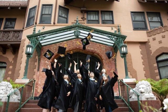cap-gown-grads