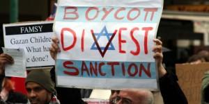 Israel_-_Boycott_divest_sanction-700x475