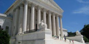 Oblique_facade_1,_US_Supreme_Court