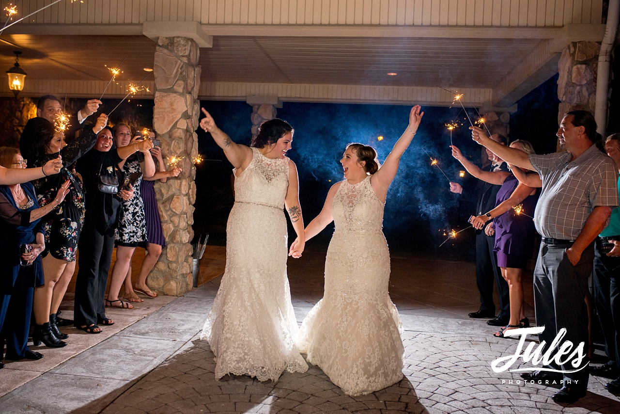 Kayla-Amandas-Glendalough-Manor-Same-Sex-Wedding-110