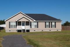 Manufactured home on a level lot