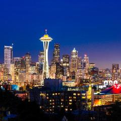 Seattle Skyline, with Space Needle