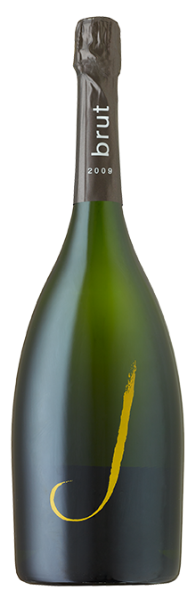Lively Meyer lemon acidity, along with flavors of red berries, golden apples and bright minerality.