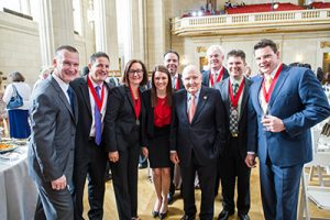 Jack Welch Legacy: Jack with students and faculty