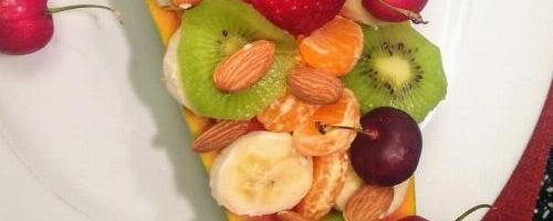 Papaya Boat With Fruits