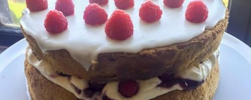 My Easy Light & Fluffy Sponge Cake Recipe