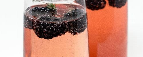 Blackberry Thyme Champagne Fizz