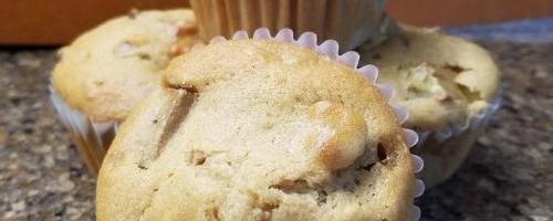 Yummy Vegan Rhubarb Muffins