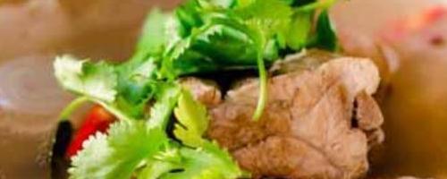Tom Yum Pork Ribs - Tom Yum Gradoog Moo ต้มยํากระดูกหมู