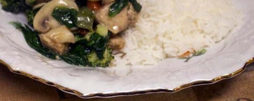 Chicken, Spinach And Broccoli Stir Fry