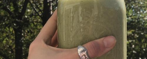 Kat's Green Tropical Smoothie