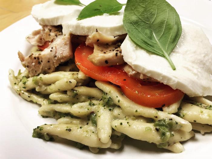 Creamy Chicken & Broccoli Cavatelli