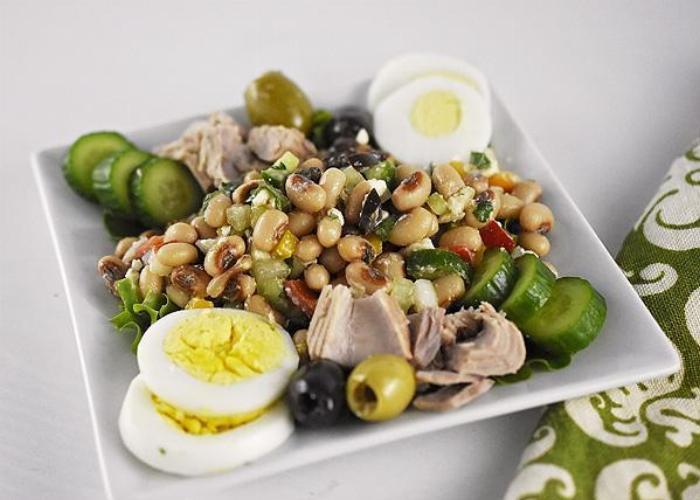 Easy Greek Bean Salad