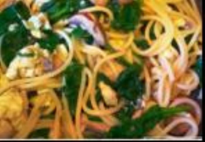 Healthy Spinach, Mushroom, Egg, & Mozzarella Pasta
