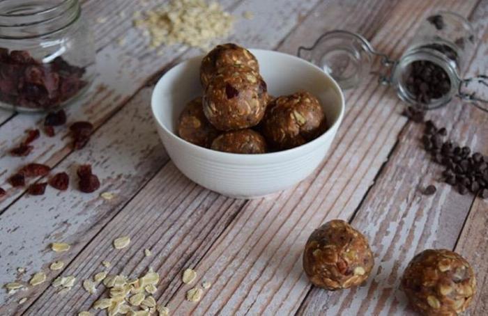 Raw Cranberry Chocolate Energy Balls
