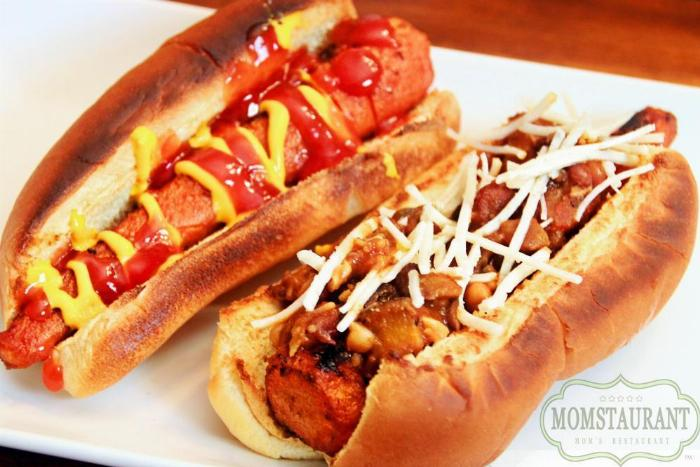 Vegan Chili Dogs
