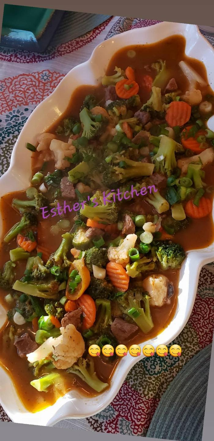 Broccoli And Cauliflower Beef Stew.