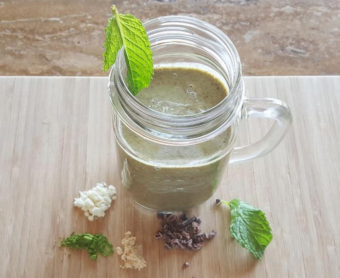 Matcha Mint And Chocolate Smoothie