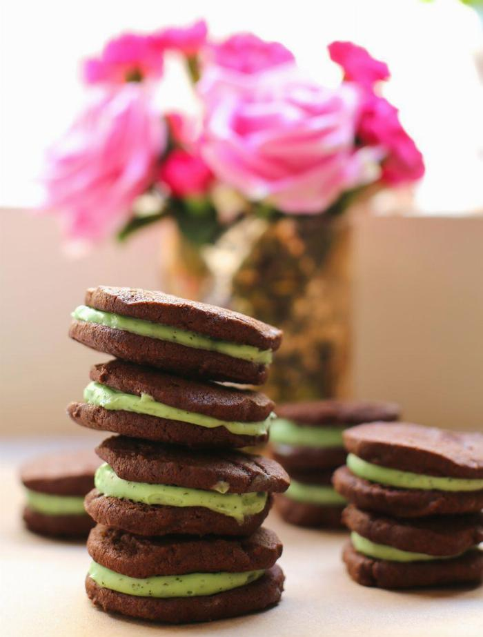 Dark Chocolate And Sweet Mint Sandwich Cookies