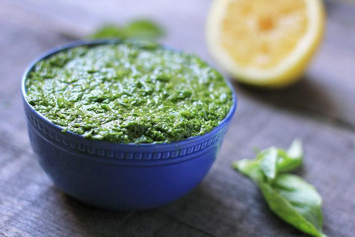 Basic Vegan Pesto With Garlic Oil