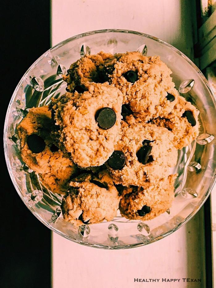 Chocolate Chip Cookie Dough Protein Bites