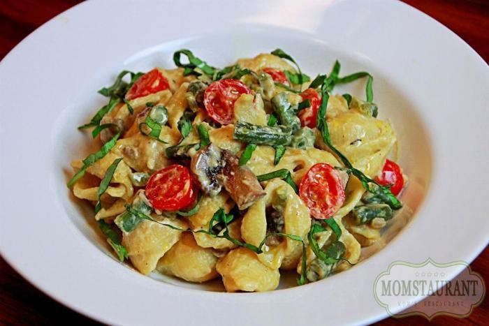 Cashew Cream Veggie Pasta