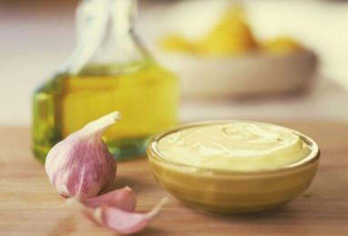 Garlic Olive Oil Aioli