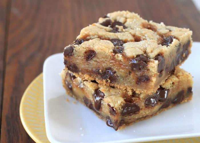 Chocolate Chip Cookie Bars  {vegan & Gluten Free}