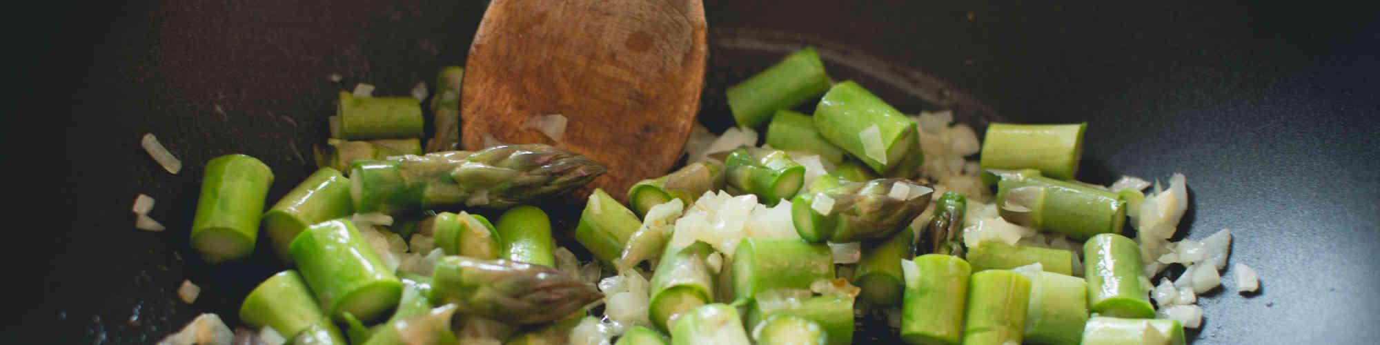 https://s3.amazonaws.com/ka-images-prod/mastheads/asparagus-onion-pan.jpg