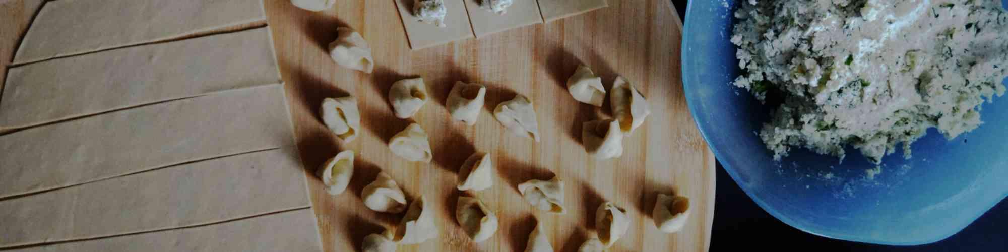 https://s3.amazonaws.com/ka-images-prod/mastheads/making-tortellini.jpeg