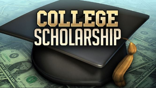$10,000 Pay It Forward Scholarship Application Deadline Extended