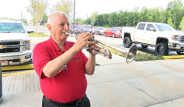 Army Vet Greets Veterans Entering Lafayette VA Clinic With His Trumpet