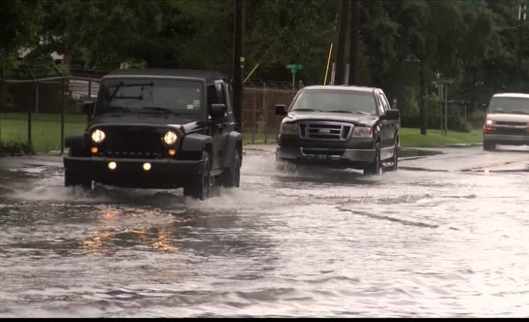 Abbeville Police warn of street flooding