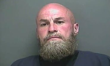 Indiana man wanted for rape charges commits suicide in Duson convenience store