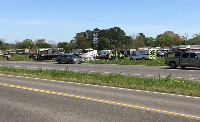 Police working fatal crash on I-49 in Opelousas