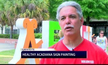Healthy Acadiana Sign Painting to Promote a Healthy Lifestyle