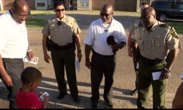 Lafayette Sheriff's Deputies Meet With Marigny Circle Residents