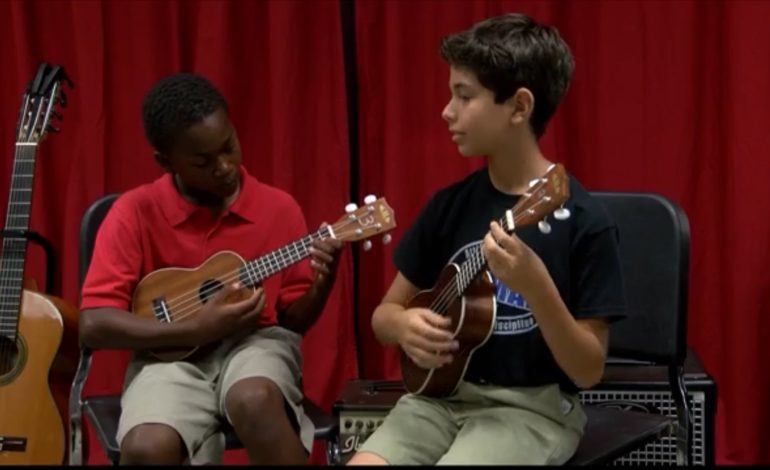 Ukulele playing paves way for young Lafayette guitarists