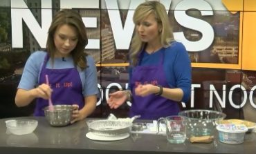 Focus at Noon- Easy Breezy Summer Cheesecake with Mix-It-Up Cooks!